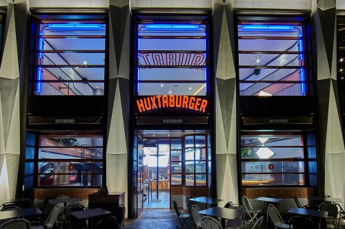 huxtaburger-eastland-01