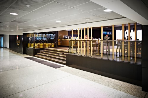 crown-lager-bar-melbourne-airport-03