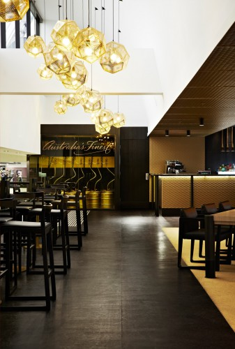 crown-lager-bar-melbourne-airport-04